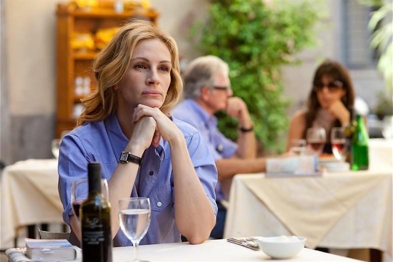 Julia Roberts eet, bidt en bemint