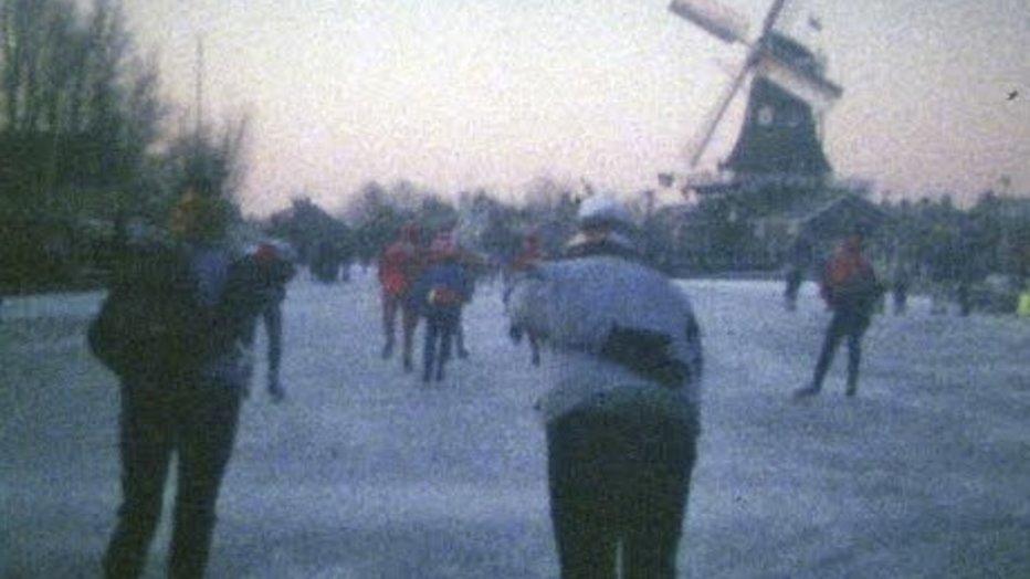 It giet oan! De hele Elfstedentocht van 1985 te volgen op NOS.nl