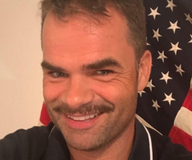 Twitter gaat los om snor Erik Mouthaan