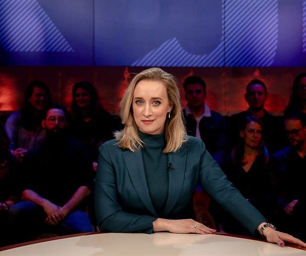 RTL stopt met nieuwsupdate om kijkcijfers talkshow Eva Jinek