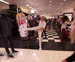 Videosnack: Ellen DeGeneres en Britney Spears compleet doorgeslagen