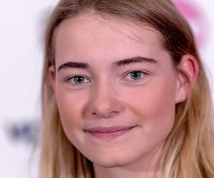 Emma Wortelboer mag Nederlandse punten uitdelen bij Songfestival