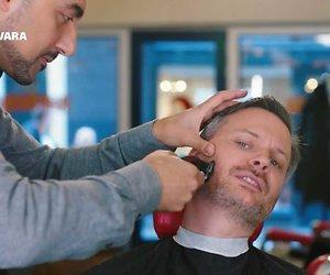 Kijk terug: Oeps, 'Eus' trimt baard Thomas Erdbrink te kort