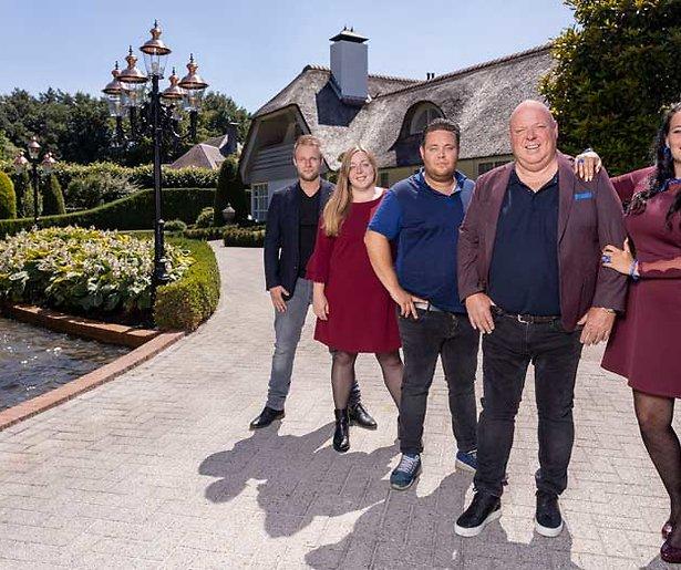 SBS6 volgt familie Gillis in realityserie over vakantieparken