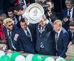 De TV van gisteren: Feyenoord beheerst maandagavond