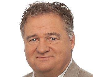 Frank Snoeks commentator finale EK voetbal 2016