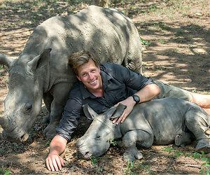 Kijktip: Freek Vonk redt de neushoorns in Freek tegen de stropers
