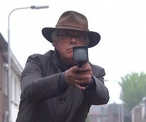Videosnack: Mr. Frank Visser speelt voor James Bond