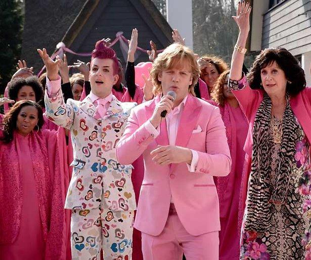 RTL knipt 'ongepaste scènes' uit Gooische Vrouwen 2