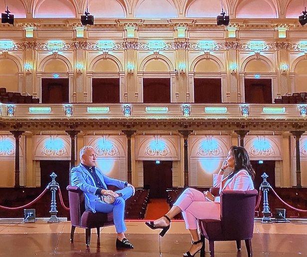 De TV van gisteren: Shownieuws scoort amper met grootschalig Gordon interview