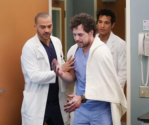 Grey's Anatomy maakt van coronapandemie verhaallijn in zeventiende seizoen