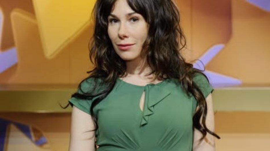 Halina Reijn en Géza Weisz in NET 5-serie Bagels & Bubbels