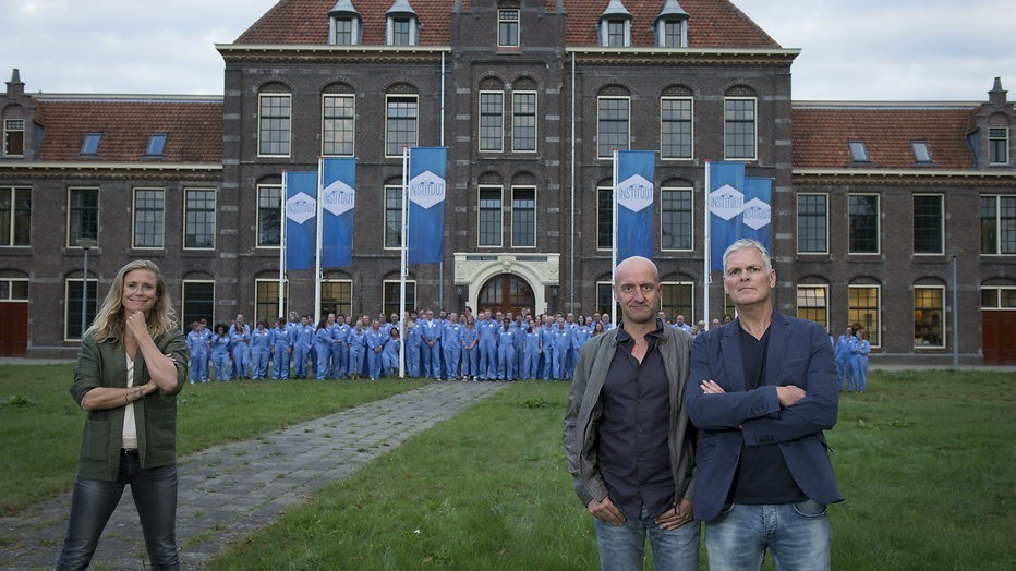 De TV van gisteren: Het instituut debuteert matig op NPO 1