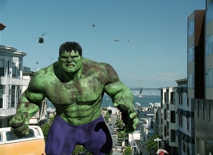 Eric Bana is groot, groen en boos