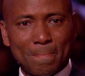 Videosnack: Humberto in tranen door eerbetoon Waylon