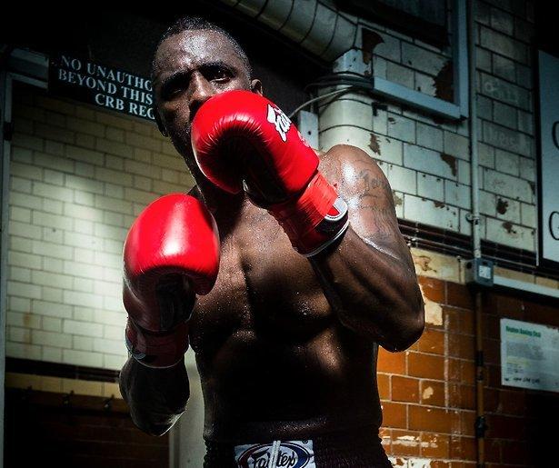 Van Hollywoodster naar professioneel kickbokser in 12 maanden