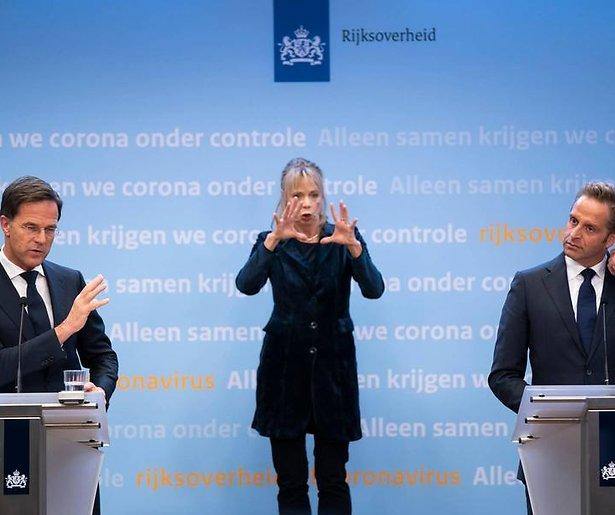 De TV van gisteren: Monstercijfers voor NPO 1 door Biden, Rutte en de avondklok