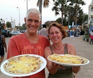 Theo en Jolanda blijven pannenkoeken bakken in Gambia