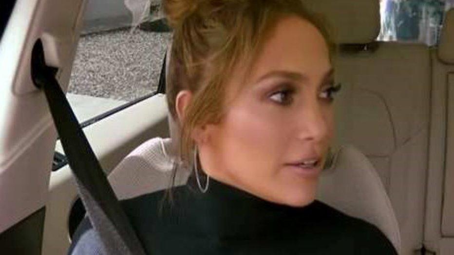 YouTube-hit: James Corden en J.Lo sturen Leonardo een berichtje