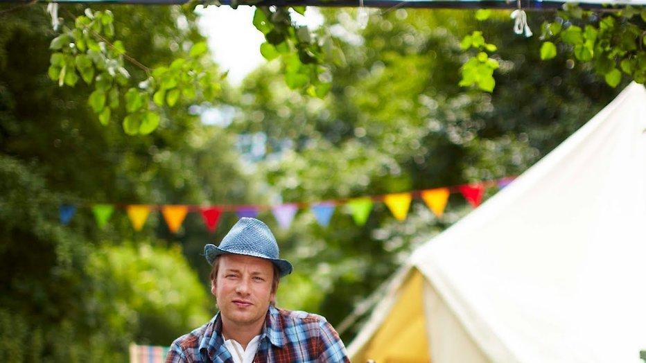 Kijktip: Lekker buiten koken met Jamie Cooks Summer