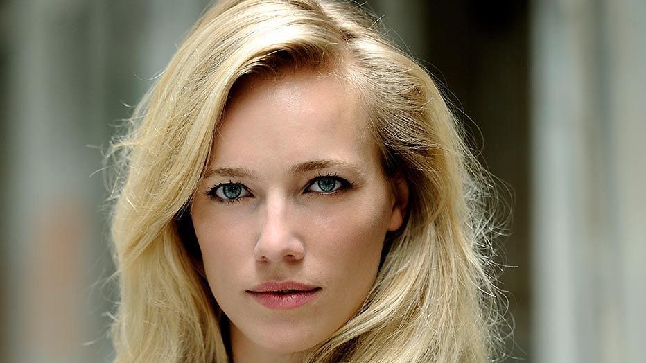 Jennifer Hoffman in nieuwe comedyserie De Luizenmoeder