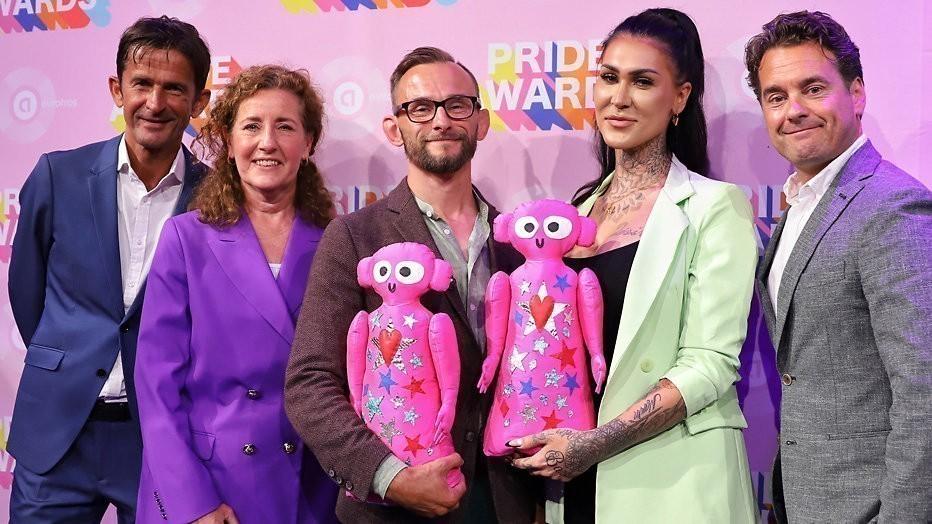 YouTuber Jessie Maya wint eerste Pride Award