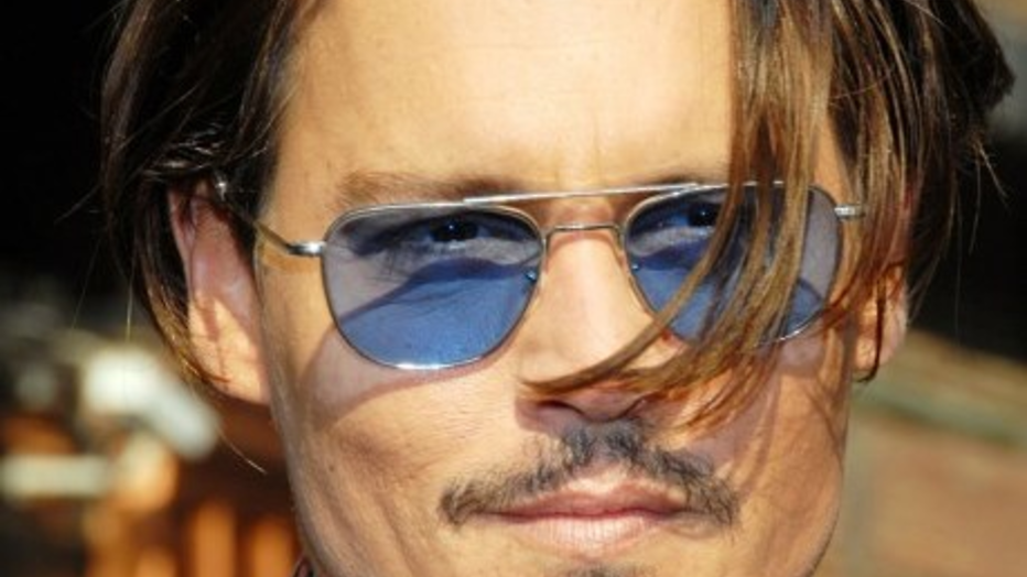 YouTube-hit: stomdronken Johnny Depp geeft bizarre speech