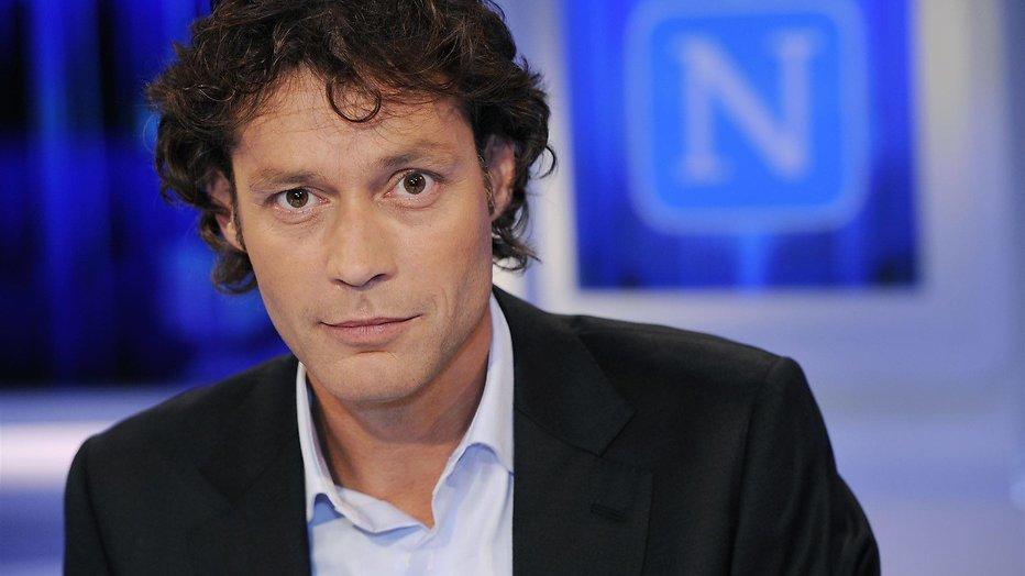 Presentator Joost Karhof (48) overleden - Televizier.nl