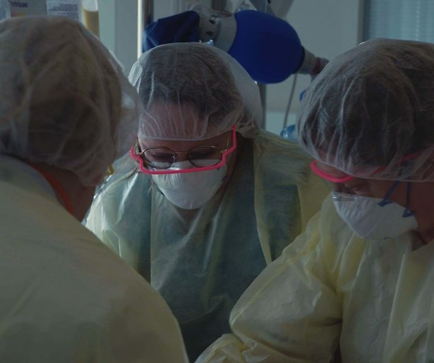 Jessica Villerius volgt artsen op de IC