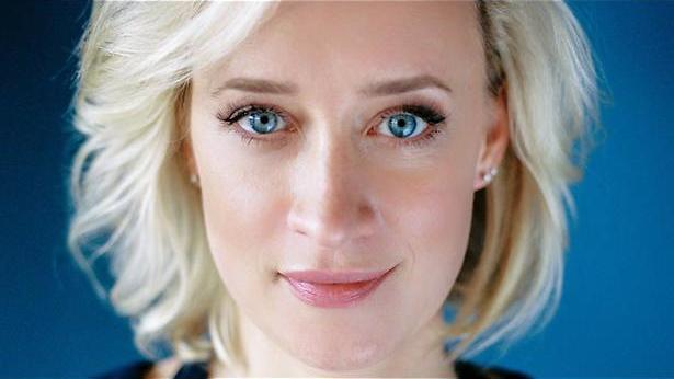 De TV van gisteren: Eva Jinek staat er direct weer