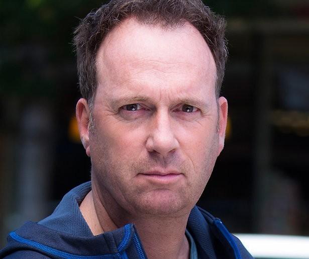 Jochem van Gelder wil meer dan Lachen Om Home Video's bij SBS 6