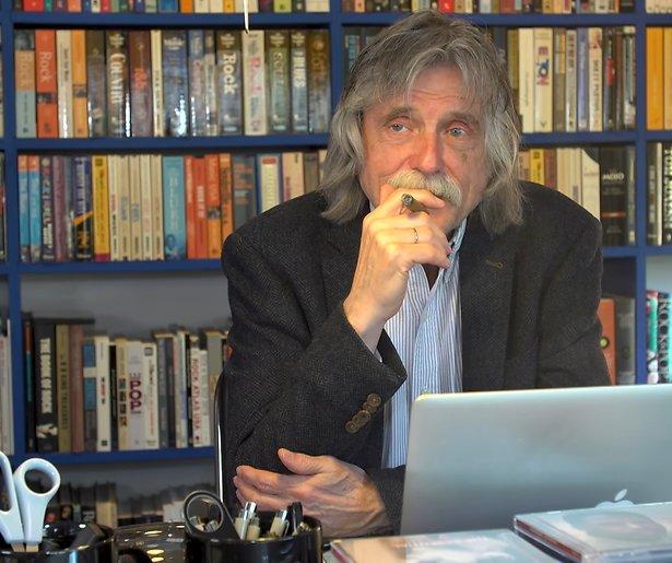 Johan Derksen werkt aan biografie
