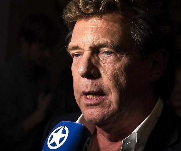 John de Mol krijgt mail van Derksen: 'Ben je dronken?'