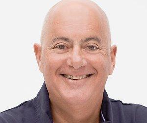 SBS 6-show Ninja Warrior strikt Jack van Gelder als commentator