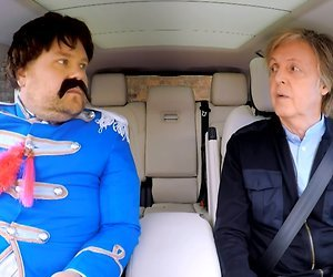 Videosnack: James Corden bezoekt Liverpool met Paul McCartney
