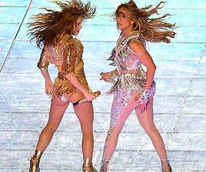 De Super Bowl halftime show van Shakira en Jennifer Lopez was een spektakel