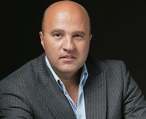 John van den Heuvel mag Suriname niet in wegens ontvoering