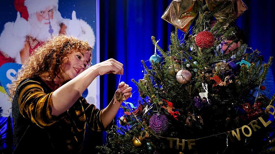 Katja Schuurman en Benja Bruijning in kerstserie voor Videoland
