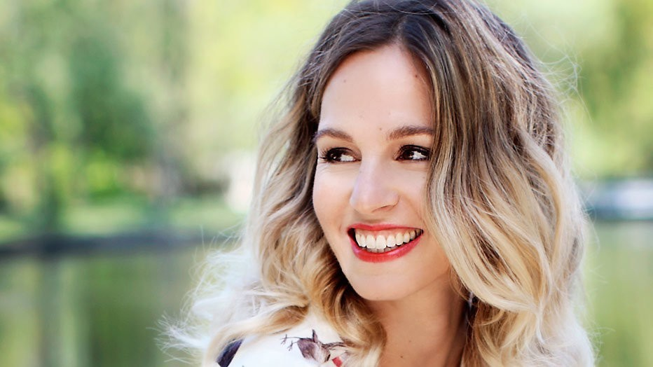 Zangeres Krystl vindt liefde via programma Sophie Hilbrand