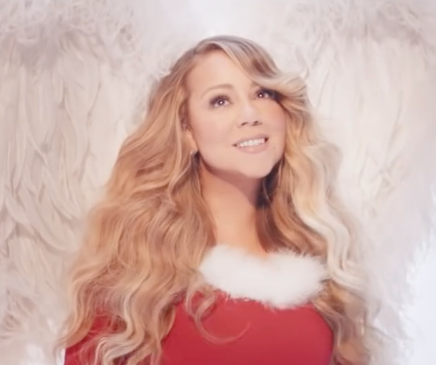 Videosnack: Zo ziet de nieuwe clip van All I Want For Christmas Is You eruit