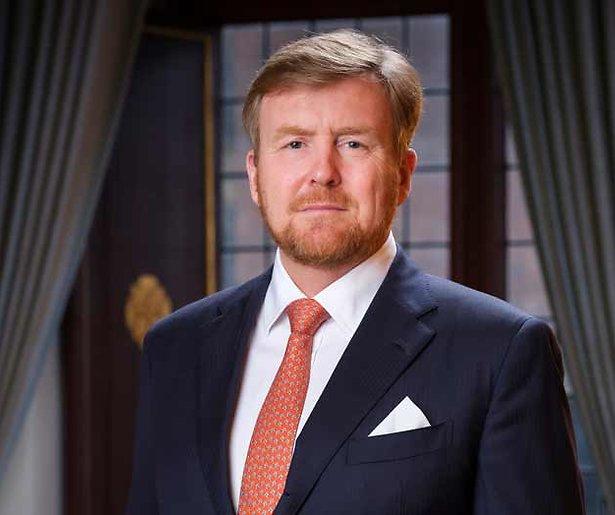 Koning Willem-Alexander spreekt het land toe in tv-speech