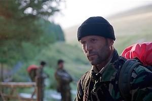 Killer Elite - Jason Statham helpt Robert De Niro