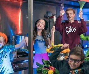 TV-serie Kinderen voor Kinderen strikt 8 BN'ers