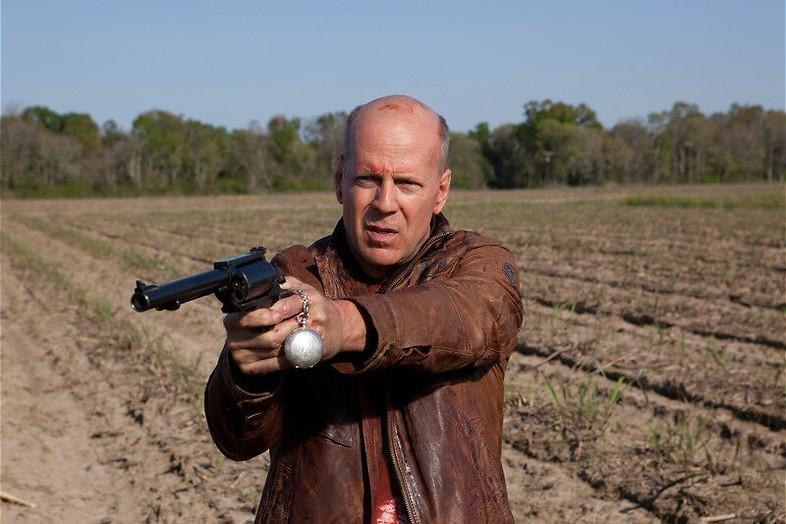 Joseph Gordon-Levitt moet Bruce Willis vermoorden.
