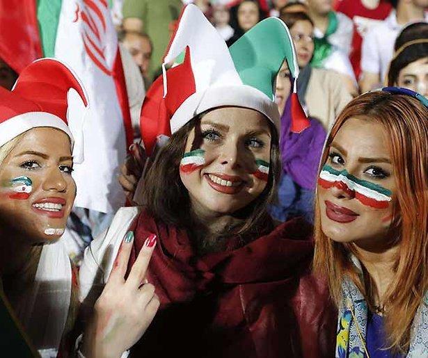 Er zijn alleen maar knappe vrouwen in beeld op het WK. En dat mag niet meer
