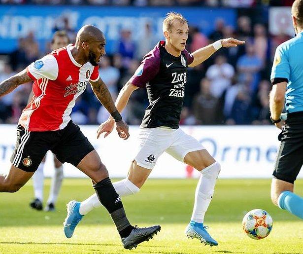 De TV van gisteren: SBS 9 scoort met Europa League-duel Feyenoord