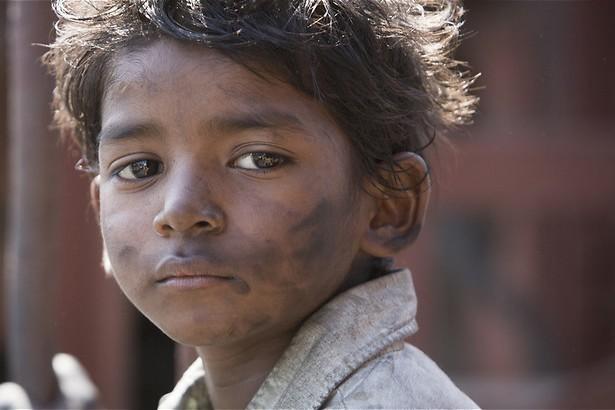 Dev Patel zoekt zijn echte moeder