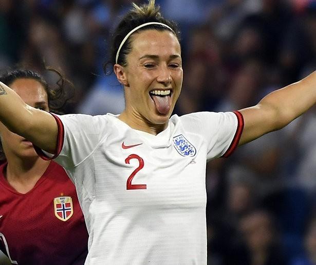 De TV van gisteren: Veel kijkers voor kwartfinale WK vrouwen