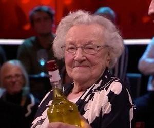 Videosnack: Het geheim van de 101-jarige Lenie is drank