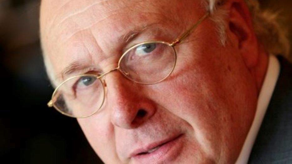 DWDD huurt Mart Smeets in voor sportzomer